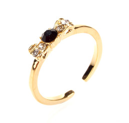 Gold Plated Black Crystal Bow Toe Ring