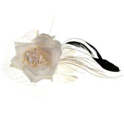 One rose with feather fascinator