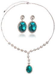 Silver Plated Turquoise Crystal Vintage Style Necklace & Earrings Set