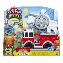 Play-Doh Wheels Firetruck Playset with 5 x 280g Play-Doh Colours Boys Age 3+