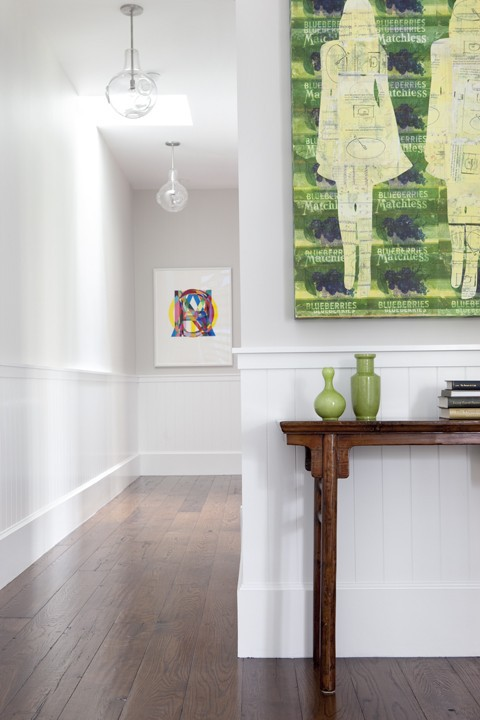 Beadboard used to create a home gallery