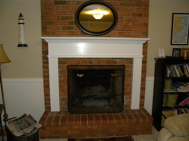 monticello-white-fireplace-mantel-kingston-full-room-picture-36611.1405342125.1280.1280-1-.jpg