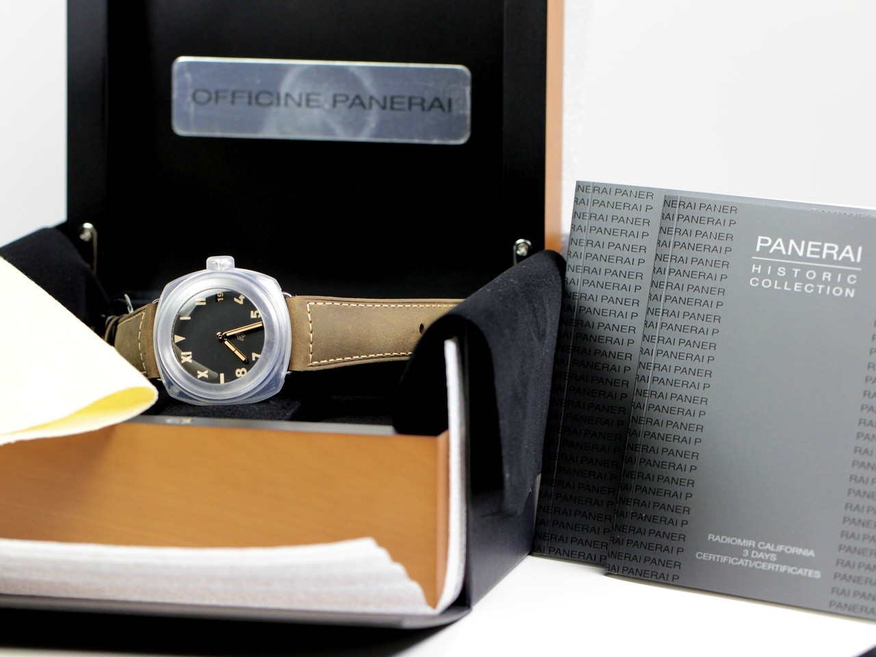 Complete Box & Papers - New Panerai Watch - Radiomir California 3 Days PAM 424 - www.Legendoftime.com - Chicago Watch Center