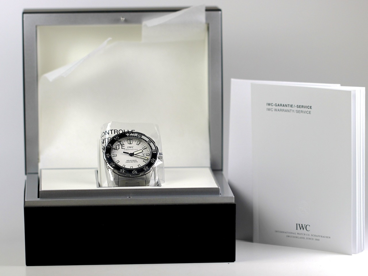 Complete Box & Papers - IWC Watch - Aquatimer 2000 Automatic IW356809 - www.Legendoftime.com - Chicago Watch Center