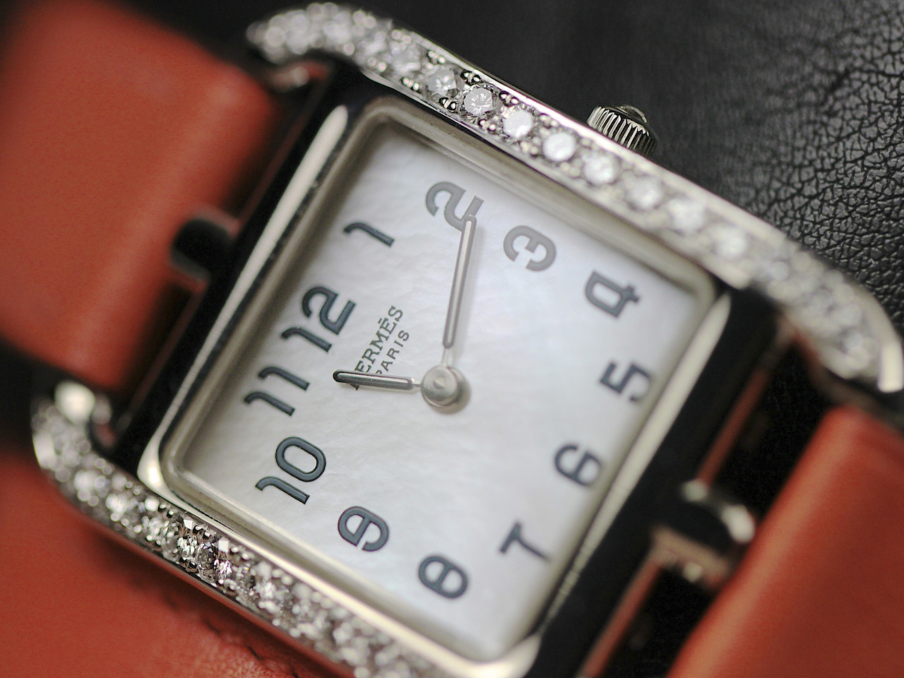 Dial with Mother of Pearl - Hermes Watch - Cape Cod White Gold with Diamonds, Pre-Owned, www.Legendoftime.com - Chicago Watch Center