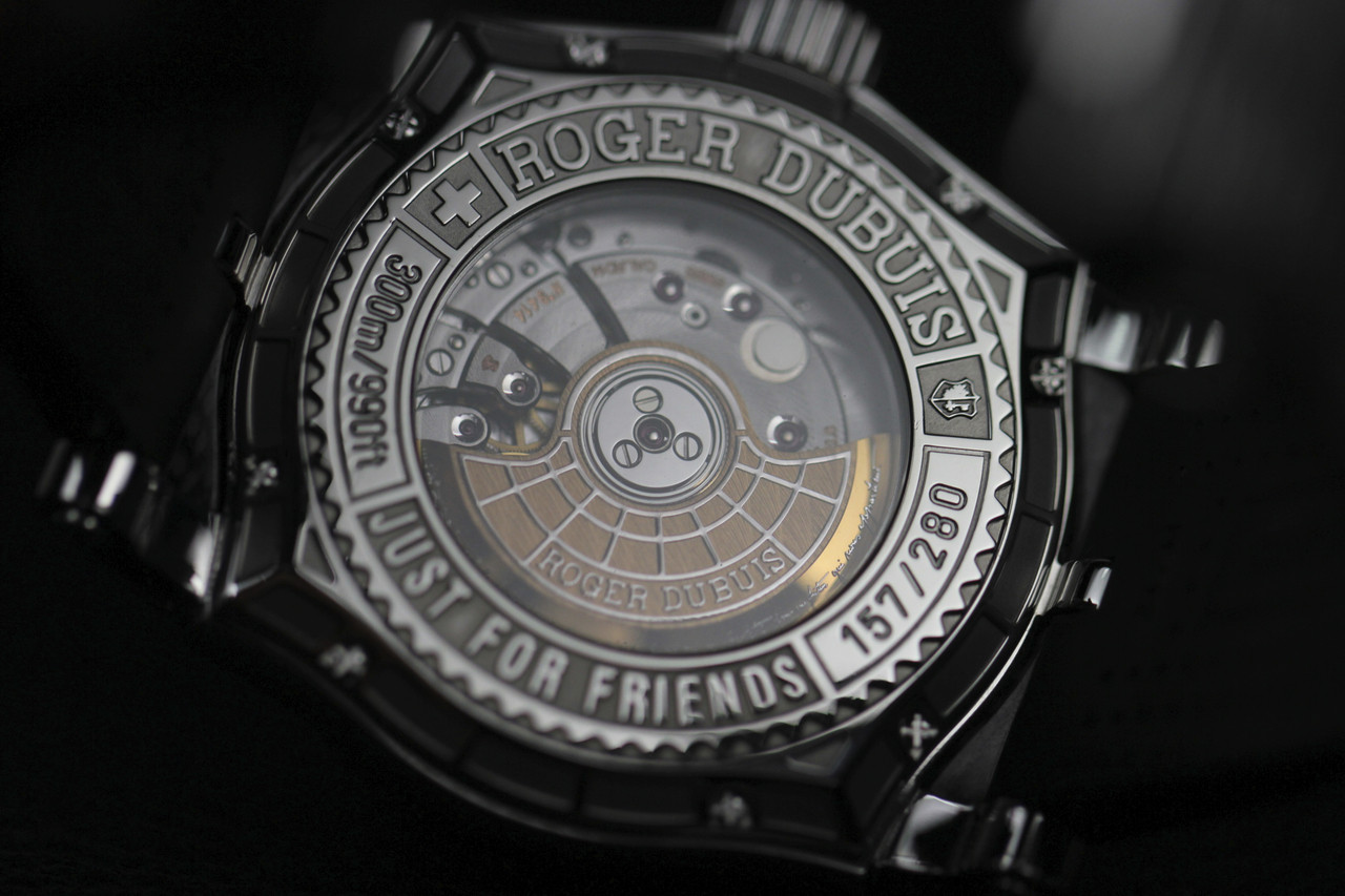 Exhibition Caseback Detail : Roger Dubuis Watch - Easy Diver Black Dial White Gold Bezel - Legend of Time Chicago Watch Center www.Legendoftime.com