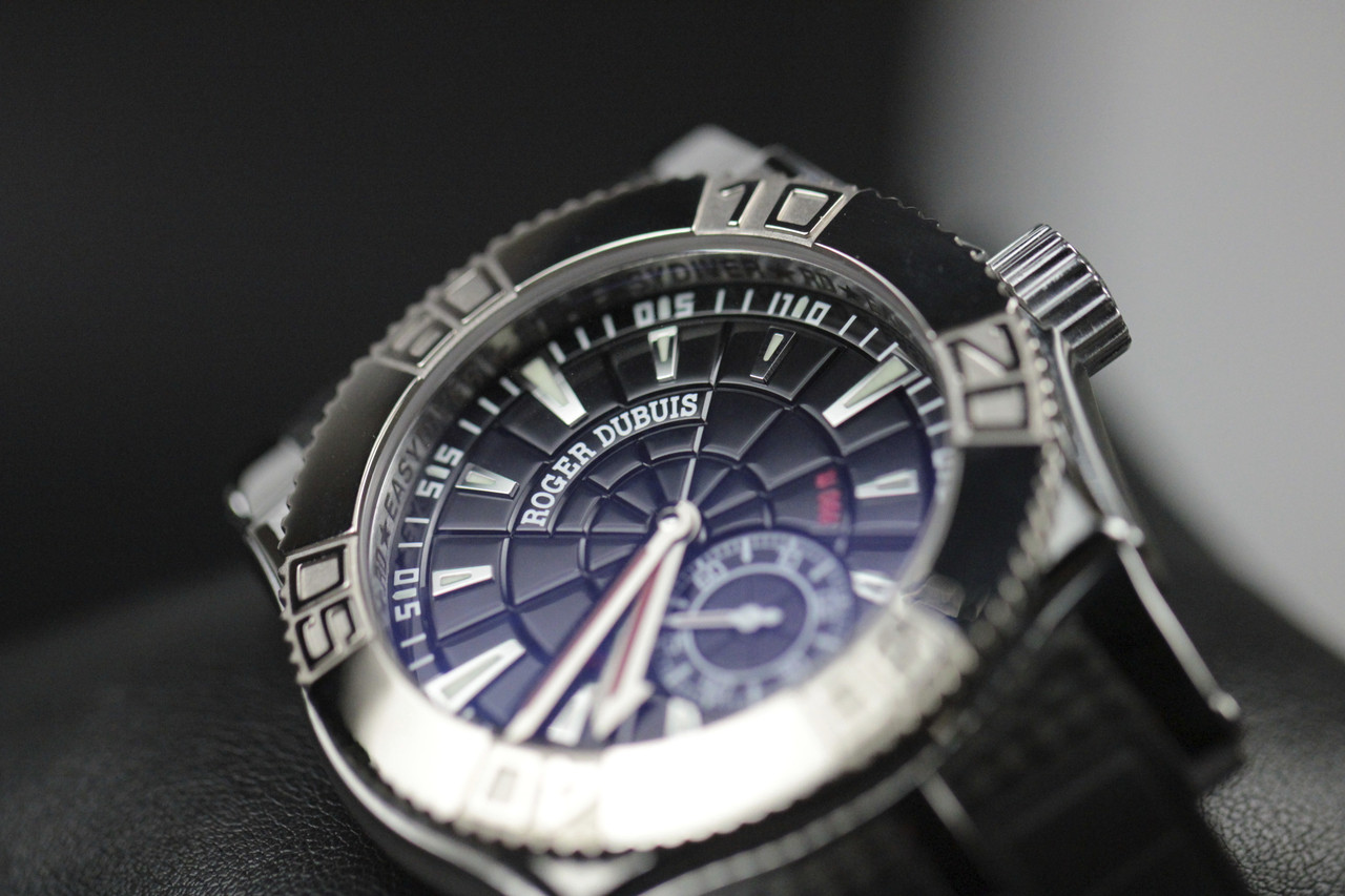 Dial Detail - Roger Dubuis Watch - Easy Diver Black Dial White Gold Bezel - Legend of Time Chicago Watch Center