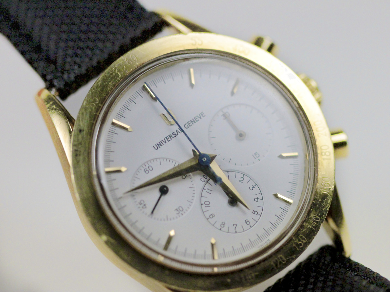 Universal Geneve Vintage Watch - Compax Chronograph 184.445.4080093 18K Yellow Gold - for sale online www.Legendoftime.com and in store Chicago Watch Center