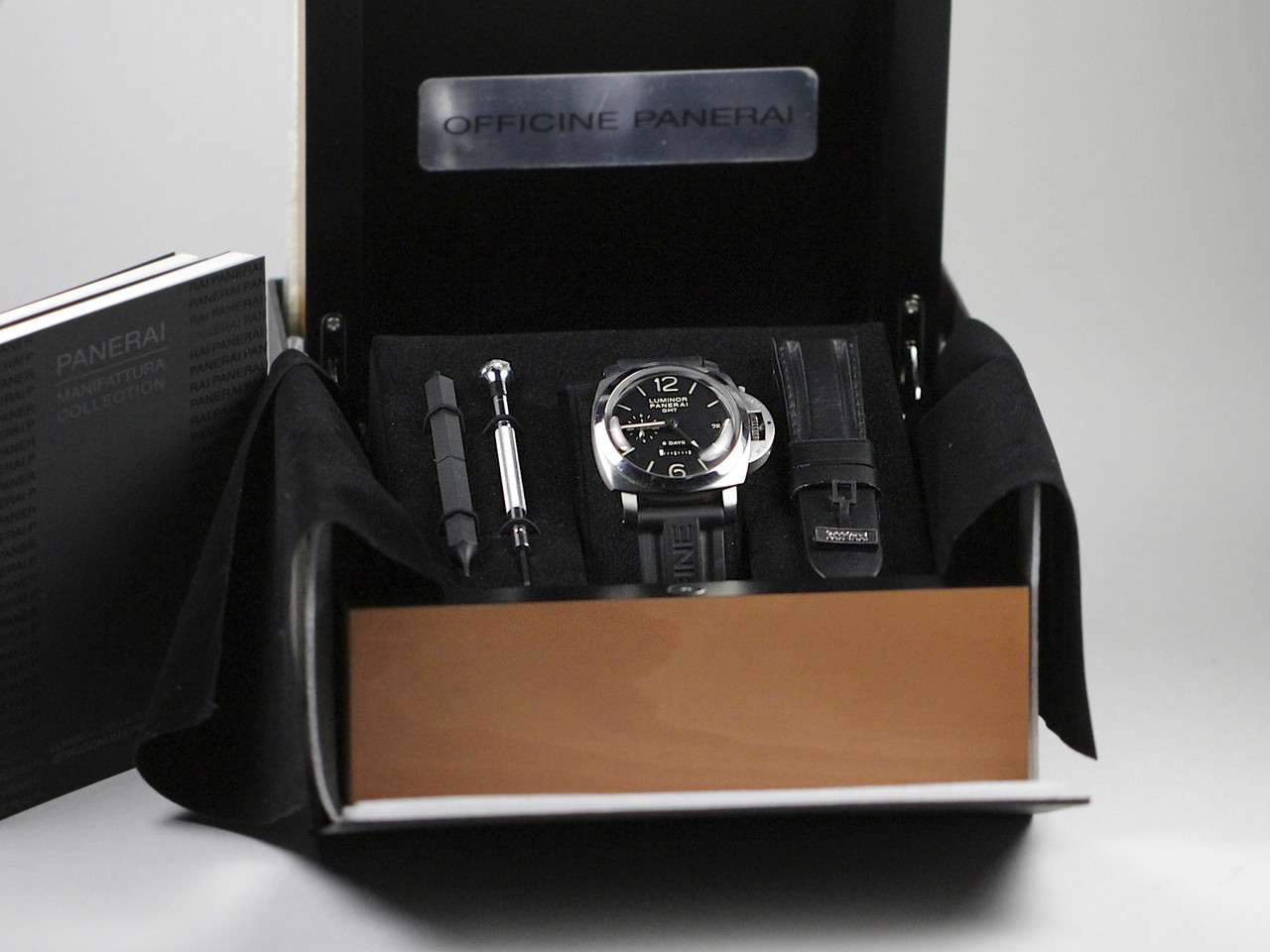 Complete Double Boxed - Pre-Owned Panerai Watch - Luminor 1950 8 Days GMT Acciaio PAM00233 - for sale online and instore Legend of Time - Chicago Watch Center