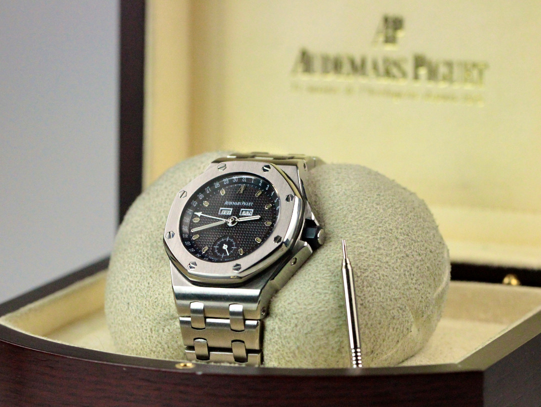 853c465d0b9eb ... For sale used stainless steel rare Audemars Piguet Watch Royal Oak  Offshore Triple Calendar Ref  ...