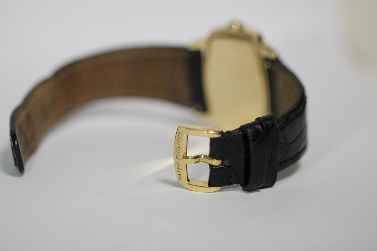 For sale Patek Philippe Watch - Ladies 18K Yellow Gold Diamond Bezel