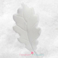 "1.75"" Oak Leaves - Small - White - No Wire (10 per box)"