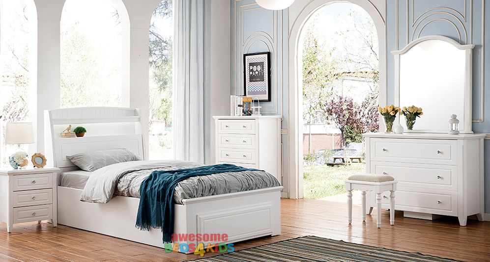 Amber features LED lights plus a handy pull down storage in the headboard as well as plenty of space for books and trinkets etc. Complete with end lift base for awesome storage. Single or King Single.