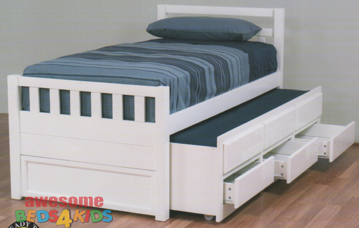 The Single Crusie Captains Bed features a traditional style slated bed head and footboard. The Crusie 2 in 1 Bed is an evolution of the standard single bed, containing both a trundle bed and three storage drawers.