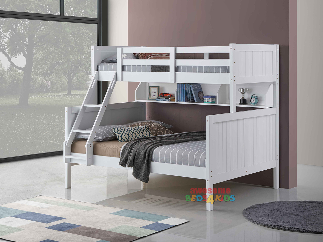 Regatta Single Over Double Bunk features a modern style bunk bed with an closed slated head and foot boards. Great shelf storage for the bottom bunk.