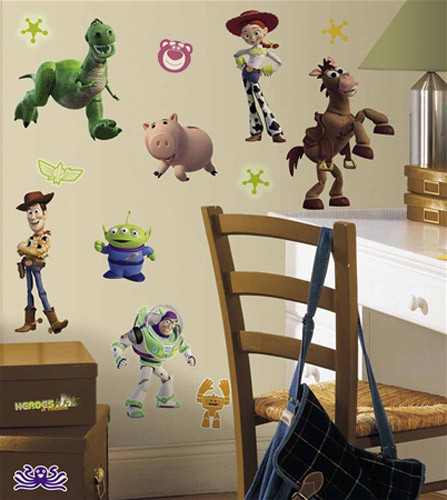 toy story 3 glow in the dark wall decals - awesome beds 4 kids