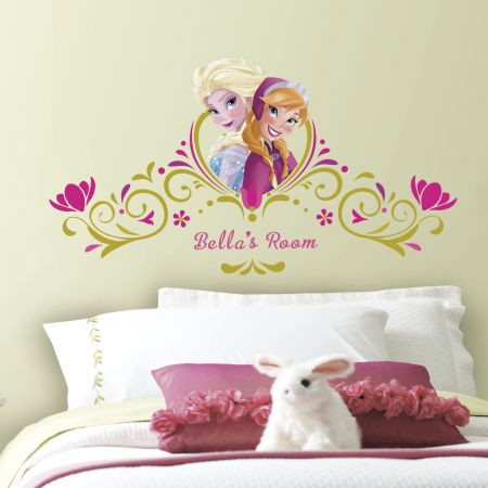 Bring the unconditional love of Elsa and Anna to the walls of your little girl's room with these Frozen Springtime Custom Headboard Wall stickers.