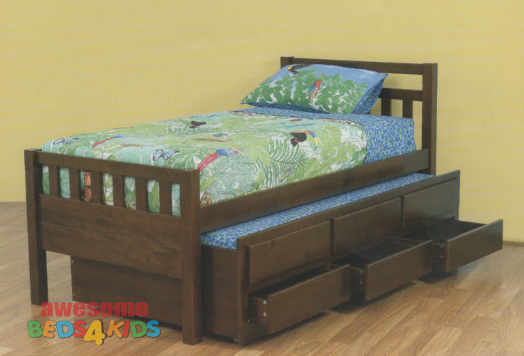 The Single Crusie Captains Bed features a traditional style slated bed head and footboard.