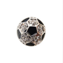 CRYSTAL SOCCER BALL SNAP JEWEL
