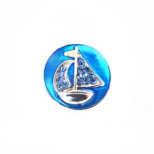 BLUE CRYSTAL SAILBOAT SNAP JEWEL