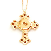 ROMAN GOLD CROSS NECKLACE