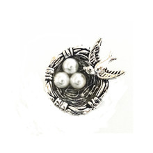 BIRD NEST AND PEARLS SNAP JEWEL