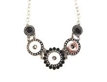 THREE SNAP SILVER BLACK CRYSTAL NECKLACE