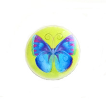 PAINTED ENAMEL #19 BUTTERFLY ON LIME SNAP JEWEL