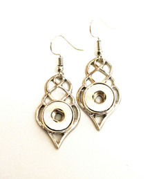 MINI DEW DROP FISH HOOK EARRINGS