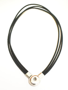 TRIPLE LEATHER MAGNETIC SNAP JEWEL NECKLACE