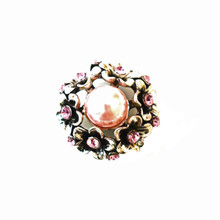PINK PEARL WREATH SNAP JEWEL