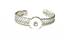 WOVEN LINK OPEN SNAP JEWEL CUFF