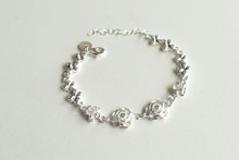 STERLING SILVER FOUR WHITE ROSES CHAIN BRACELET