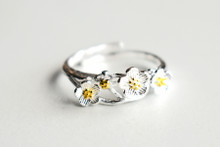 STERLING SILVER BUTTERCUPS RING