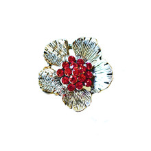 RED CRYSTAL BUTTERCUP SNAP JEWEL