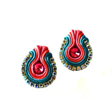 SOUTACHE - SURI - FUCHSIA POST EARRINGS