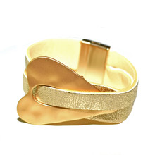 MAGNETIC LEATHER - GOLD MINOUCHE BRACELET