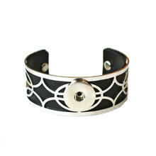 LATTICE SILVER SNAP JEWEL CUFF BRACELET