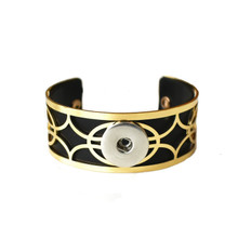 LATTICE GOLD LEATHER SNAP JEWEL CUFF