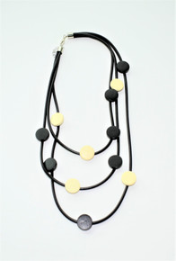 THREE STRAND BLACK AND WHITE NECKLACE