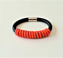 NEO RED TWISTED MAGNETIC BRACELET