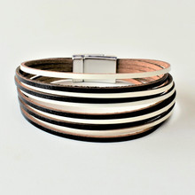 MAGNETIC LEATHER - LISSA