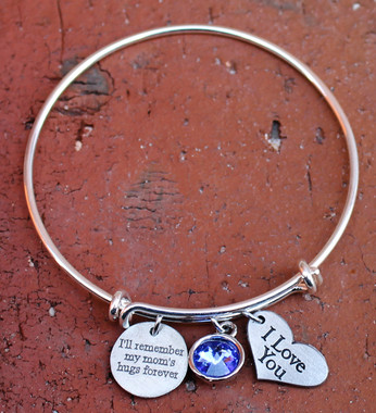 """I'll remember my mom's hugs forever"" Bangle Bracelet"