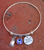 """I'll remember my dad's hugs forever"" Bangle Bracelet"
