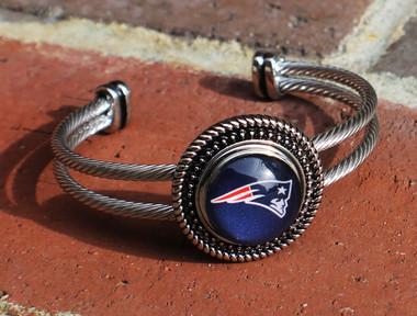 "NFL ""New England Patriots"" Snap Bracelet"
