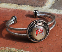 "NFL ""Tampa Bay Buccaneers"" Snap Bracelet"