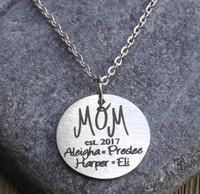 "Mom ""est"" - Engraved Necklace"