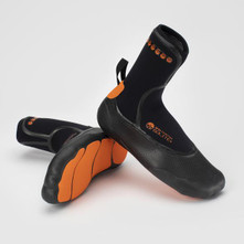 Solite Custom 5mm Boots  includes Booster Sock
