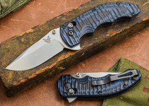 Benchmade Knives: 300-1 - Axis Flipper - Blue & Black G-10