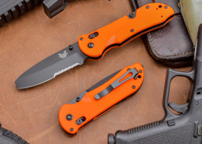 Benchmade Knives: 916SBK-ORG Triage - Serrated - Orange Scales - Opposing Bevel